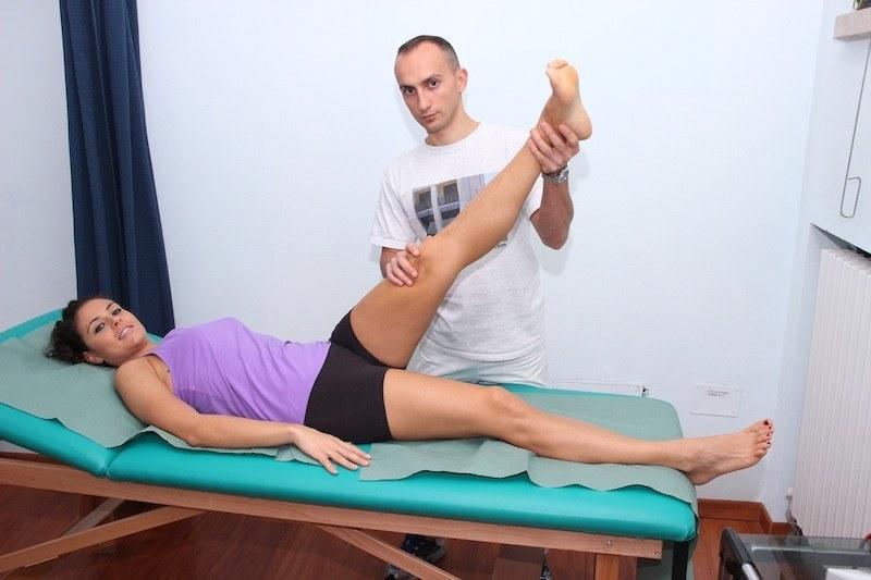 test,sciatico,schiena,gambe,movimento,alzare,dolor,formicolio,debolezza
