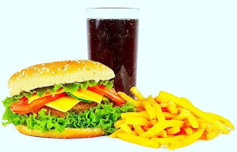 cattiva,alimentazione,dieta,infiammazione,favorisce,dolore