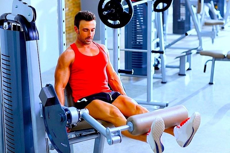 rinforzo,muscolare,quadricipite,leg,extension,palestra,fisioterapia,riabiltazione