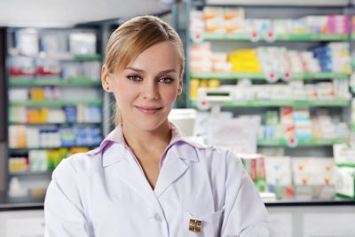Farmacista,ragazza,bionda