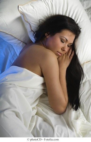 Ragazza,dorme,insonnia,disturbi,sonno