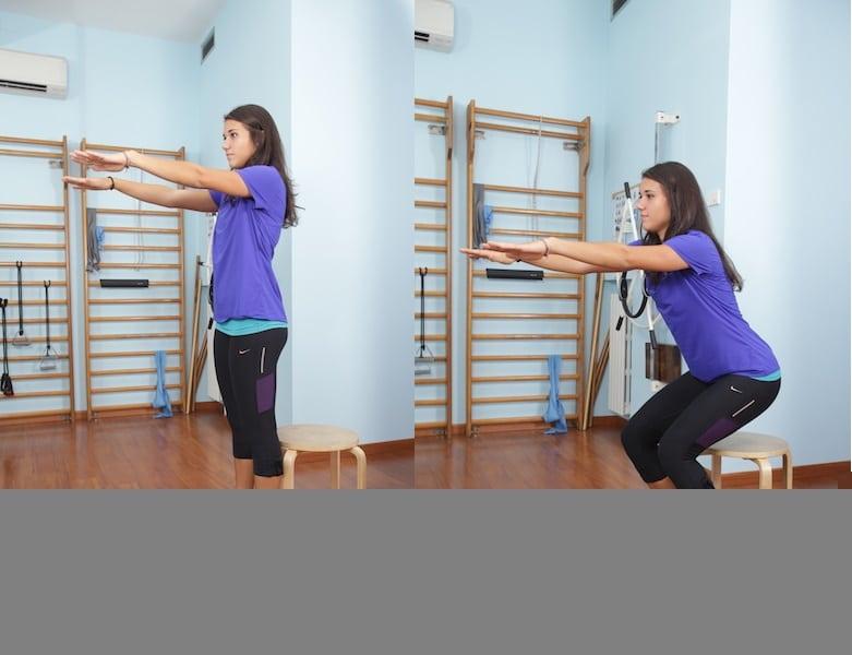 Squat sulla sedia,esercizi,cosce,gambe