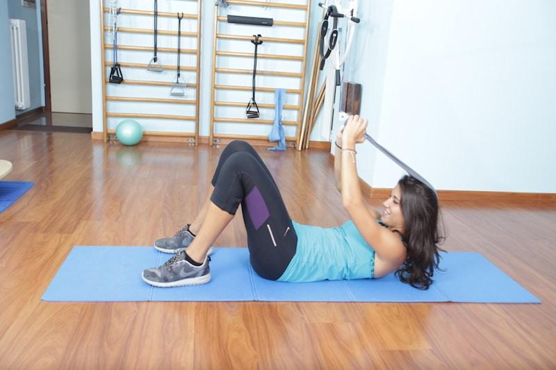 neck peel,esercizio con elastico,pilates,collo