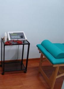 Macchina dell'Ultrasuono per curare la fascite plantare fisioterapia e riabilitazione