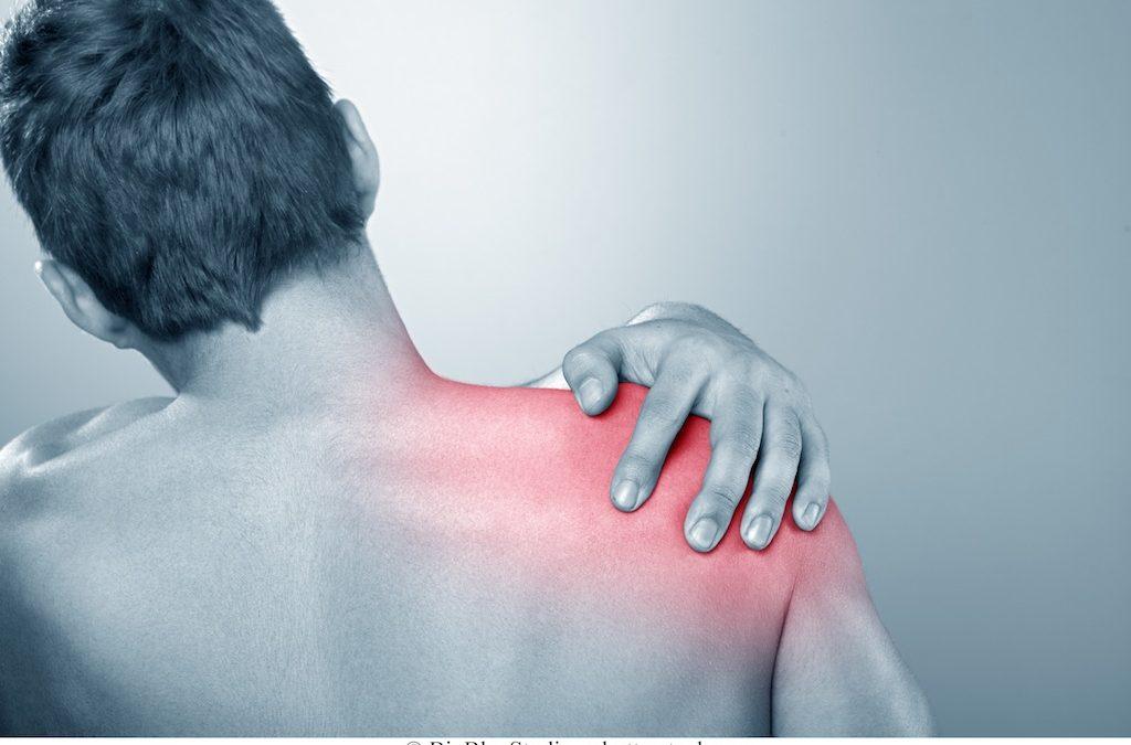 4 Terapie per il Dolore alla Spalla che Funzionano (Provate)
