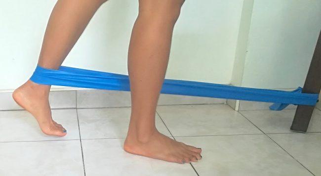 ejercicio, banda elástica, pierna