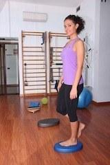 fascite,in piedi,gamba,sola,esercizio,dolore,equilibrio,infiammazione,plantare,male,fisioterapia,